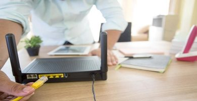 resetear-un-router